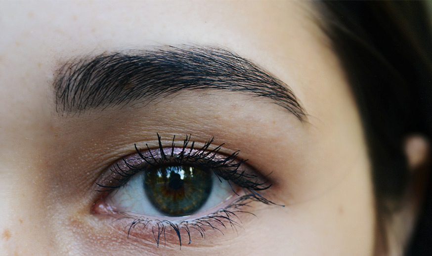 brown eyebrow threading example